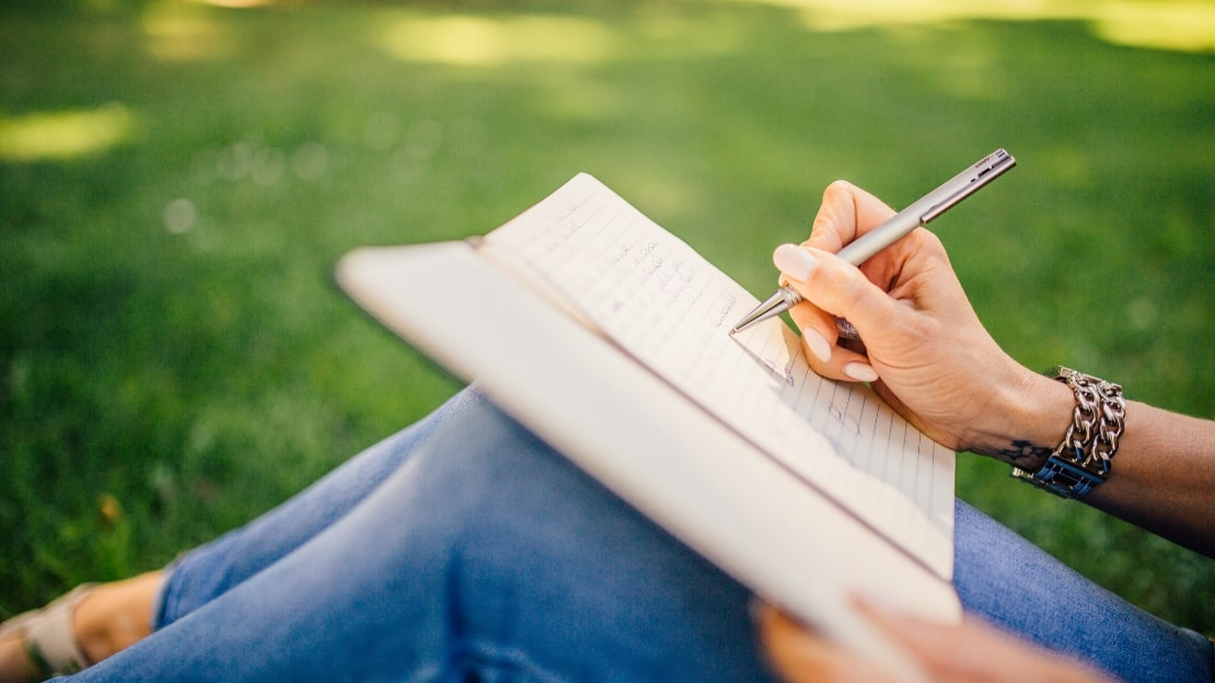How To Use The Powerful Habit of Scripting To Manifest Your Dreams and Desires