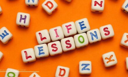5 Essential Life Lessons Everyone Must Learn