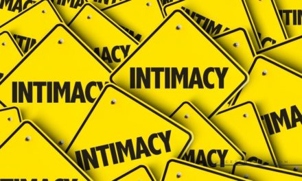 How To Improve Emotional Intimacy – The Complete Guide